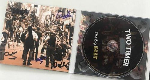 Trzeci album grupy Two Timer, której wokalistą jest Piotr Gorzkowski